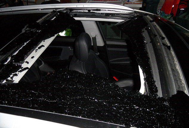 Kia Exploding Sunroof Class Action Lawsuit - Exploding