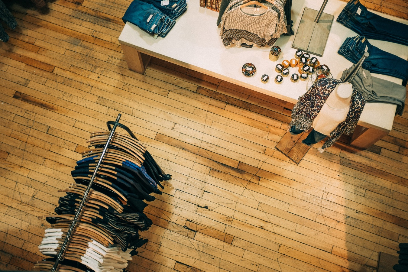 SAS Retail Employee Lawsuit | Advantage Solutions & Daymon